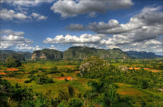 View over the Vinales valley, Cuba. Foto: Romtomtom/flickr