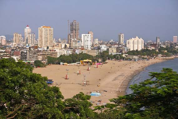 Chowpatty Beach view from Kamala Nehru Park. Foto: jhecking flickr