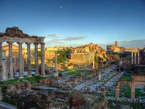 Roman Forum and Colosseum. Foto: Robert Lowe/Flickr