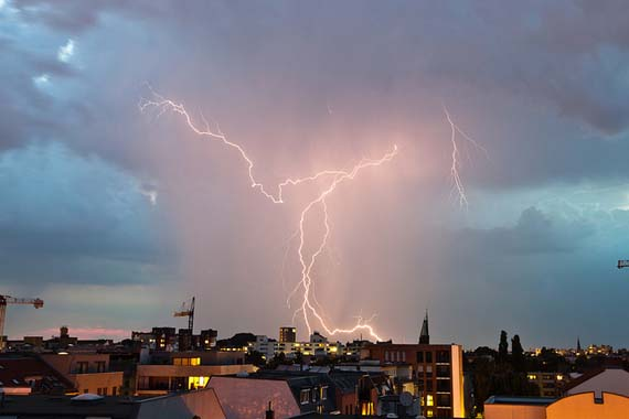 Lightning storm over Berlin. Foto: Matt Biddulph/flickr